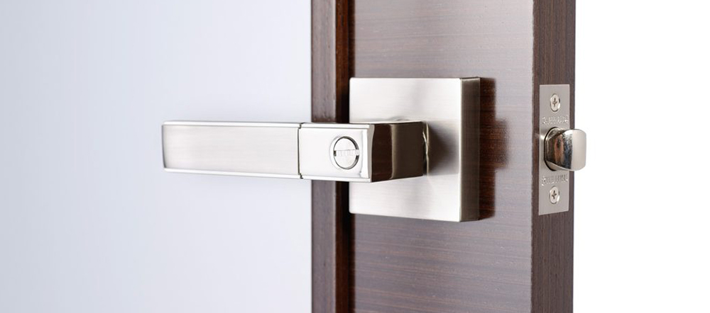 Which Side Of The Door Handle Should Go? | Midwest Door & Hardware
